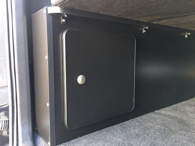 スーパーGL ダークプライム 4WD ベッドキット ESSEXエアロ ローダウン MKWMK-85&グッドイヤーイーグル1ナスカータイヤ(新品)バックカメラ ドラレコ LEDヘッドライト プッシュスタート 100V USBソケット(16枚目)