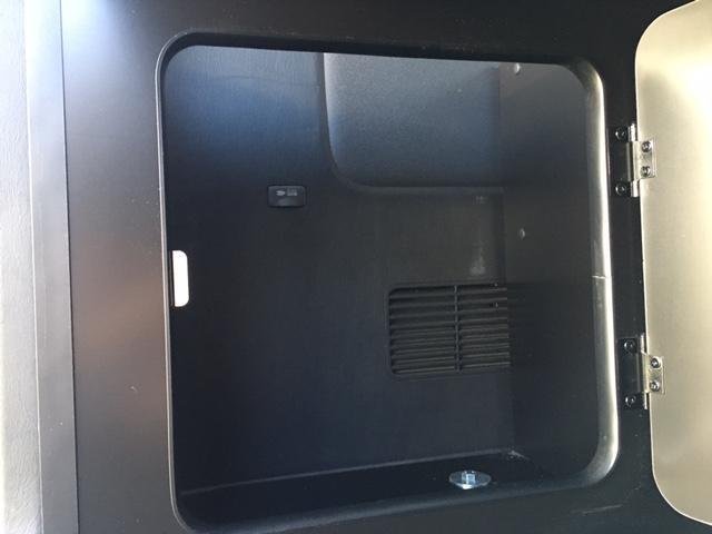 スーパーGL ダークプライム 4WD ベッドキット ESSEXエアロ ローダウン MKWMK-85&グッドイヤーイーグル1ナスカータイヤ(新品)バックカメラ ドラレコ LEDヘッドライト プッシュスタート 100V USBソケット(17枚目)