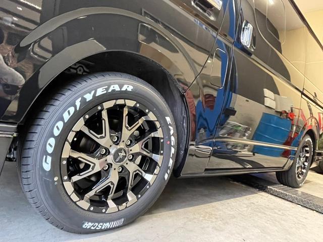 スーパーGL ダークプライムII 4WD6型 禁煙車 TRDフロント/サイドリアスポイラー 1.5インチローダウン デジタルインナーミラー プリクラッシュセーフティ レーンディパーチャーアラート オートマチックハイビーム 100V電源(44枚目)