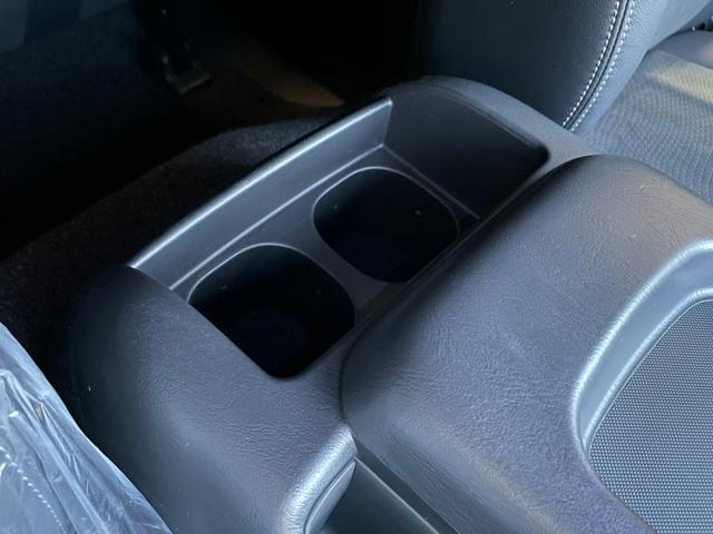 スーパーGL ダークプライムII 4WD6型 禁煙車 TRDフロント/サイドリアスポイラー 1.5インチローダウン デジタルインナーミラー プリクラッシュセーフティ レーンディパーチャーアラート オートマチックハイビーム 100V電源(56枚目)