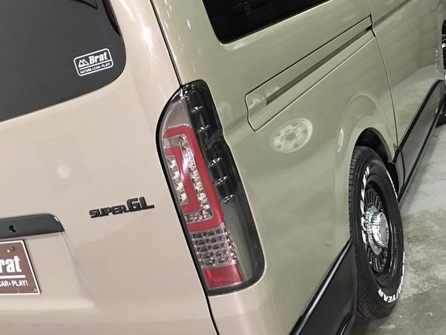 ロングスーパーGL 4WD ディーゼル NEWペイント/エメラルドグレーメタリック DEANカリフォルニア新品ホイール グッドイヤーイーグル#1ナスカー新品タイヤ セミグロスブラックアウト 後席ダークプライム専用シート(32枚目)