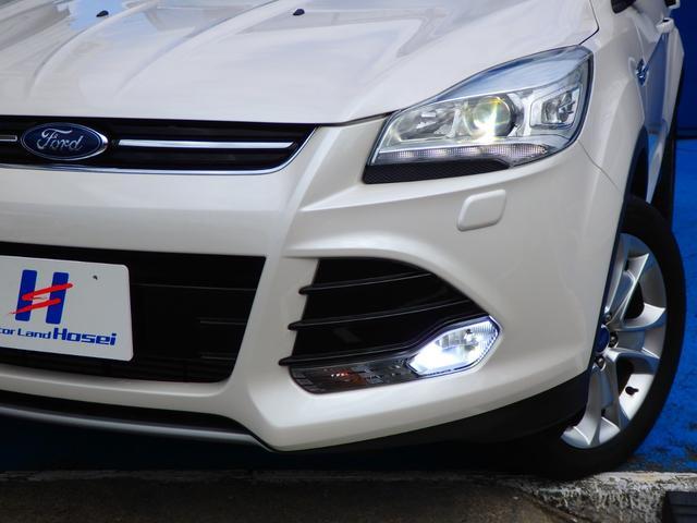 フォード フォード クーガ タイタニアム 4WD B/Sカメラ ETC HID