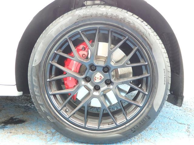 マカンGTS 4WD 純正HDDナビ HID 衝突軽減ブレーキ レザーシート 純正20AW サンルーフ パドルシフト ETC(11枚目)