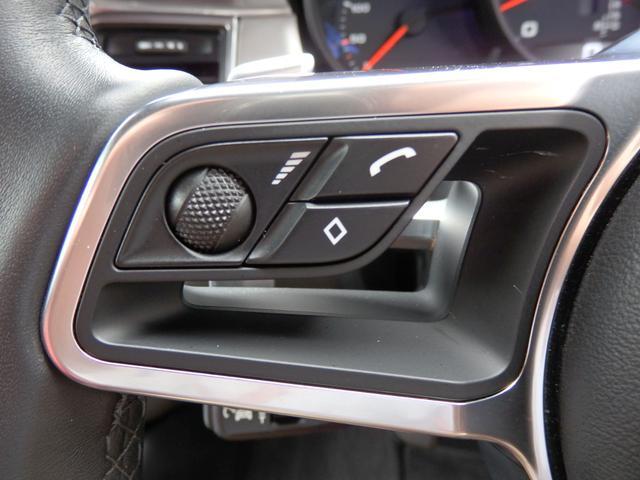 マカンGTS 4WD 純正HDDナビ HID 衝突軽減ブレーキ レザーシート 純正20AW サンルーフ パドルシフト ETC(29枚目)