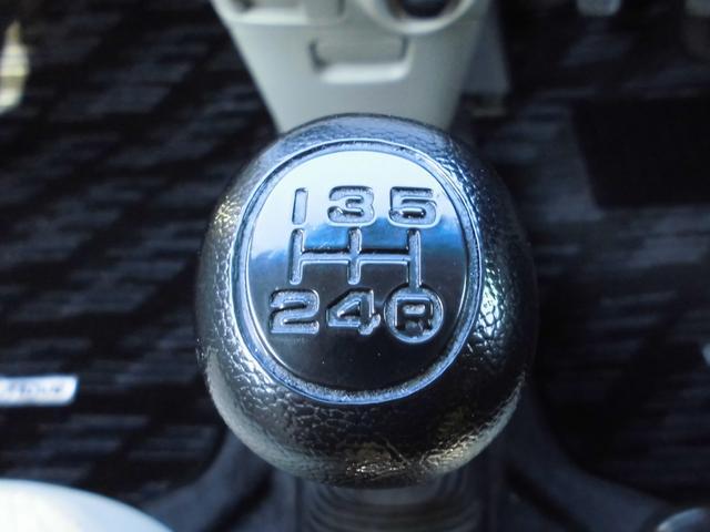 ダイハツ ムーヴ L5速マニュアル新品タイヤ社外アルミ外CDキーレス電格ミラー