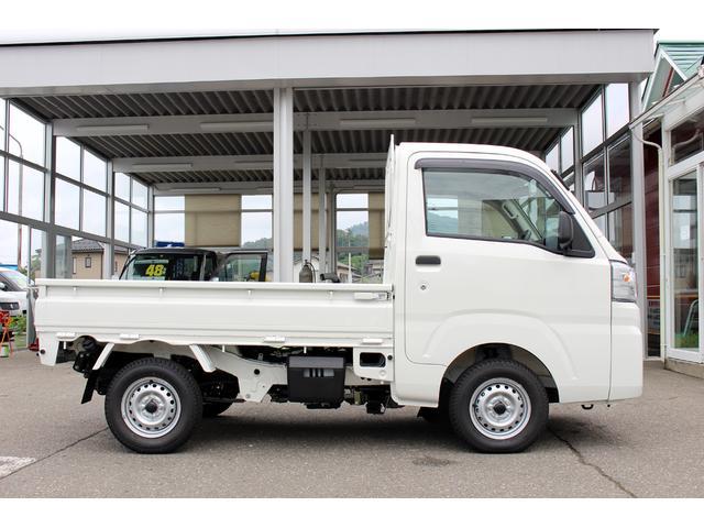 ダイハツ ハイゼットトラック スタンダード 4WD オートマチック 登録済み未使用車