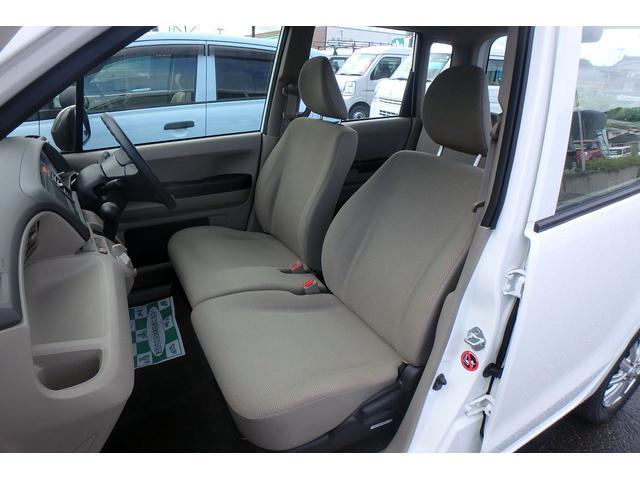 車内は充分なスペースがあります☆