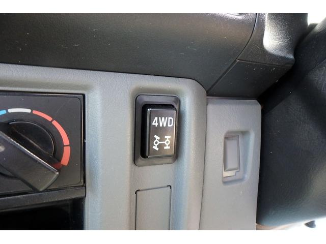 DX 4WD オートマ エアコン パワステ エアバッグ(17枚目)