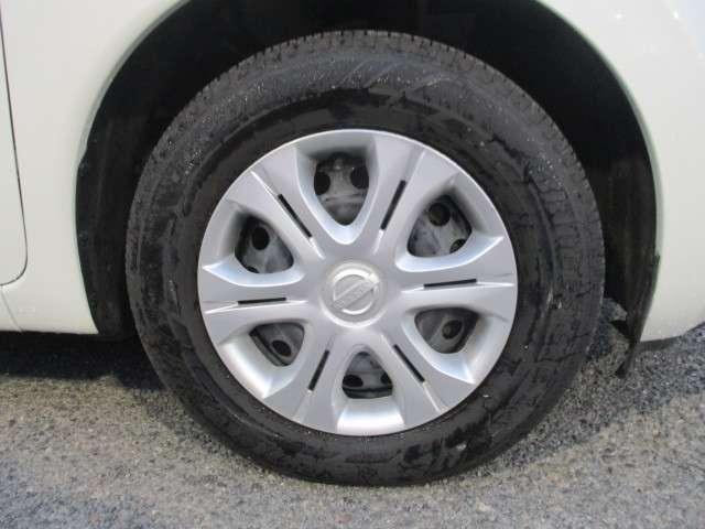 純正ホイールキャップの画像です。タイヤサイズは185/70R14