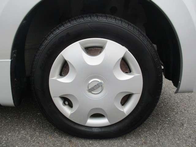 純正ホイールキャップの画像です。タイヤサイズは155/65R13