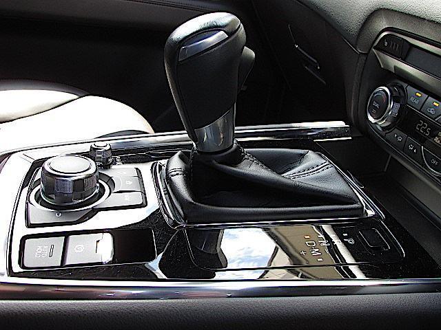 XD Lパッケージ AWD アドバンスド・スマート・シティ・ブレーキ・サポート マツダ・レーダー・クルーズ・コントロール 車速逸脱警報システム 360°ビュー・モニター AT誤発進抑制制御(前後進)(11枚目)