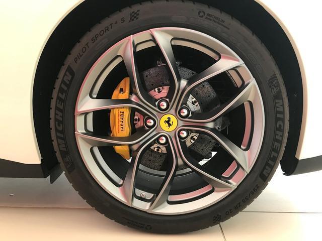 フェラーリ フェラーリ GTC4ルッソ T 1オーナー D車 Ferrari認定中古車 グラストップ