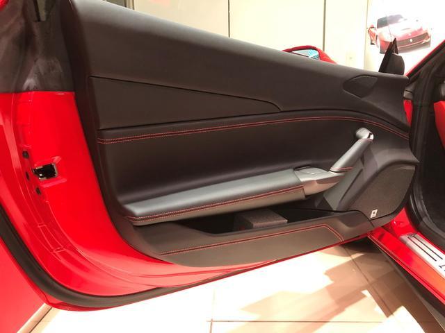 「フェラーリ」「488スパイダー」「オープンカー」「宮城県」の中古車33