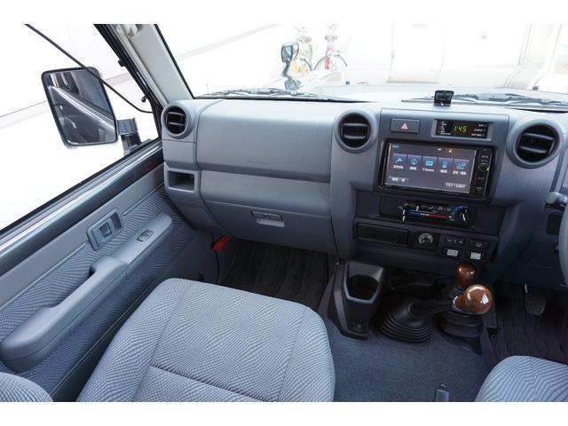 トヨタ ランドクルーザー70 バン SDナビTVBカメラ OPフォグ OPフロントグリル