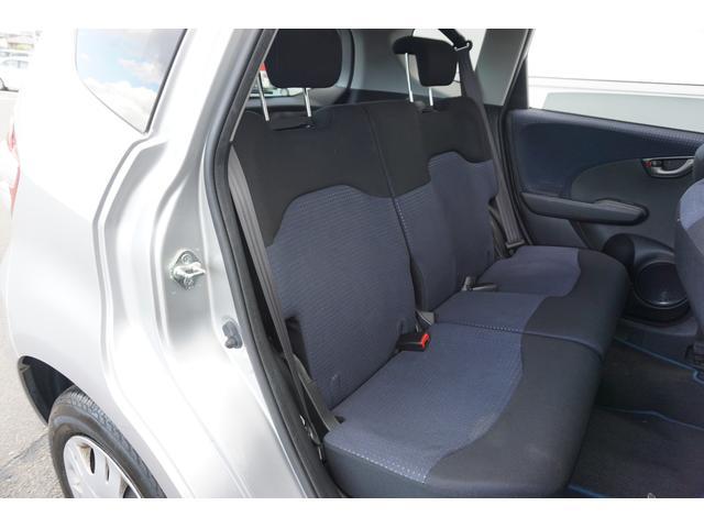 【カーオフ安心保証パック付】カーオフの中古車には、安心の「カーオフ安心保証パック」がついています! 購入したクルマに万が一の不具合があっても大丈夫! 修理回数&修理金額を無制限で保証するので安心です♪