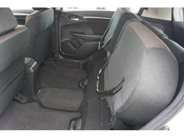 Fパッケージ 4WD 1オーナー スマートキー(13枚目)