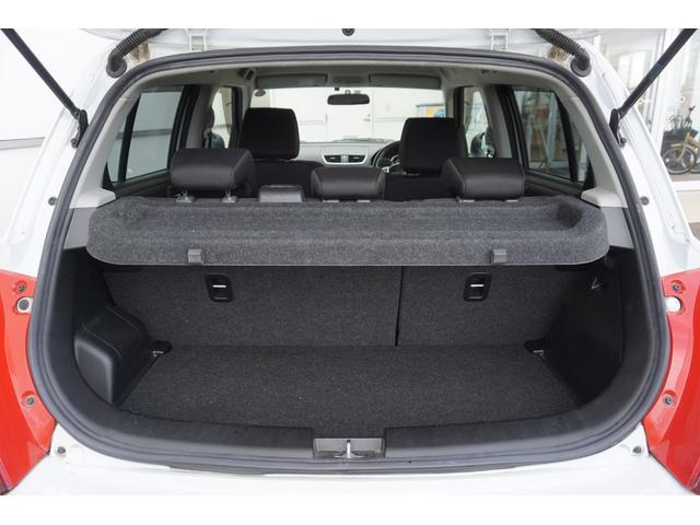 ベースグレード 6速マニュアル ナビTV クルコン 禁煙車 Bluetooth HIDオートライト USB ETC スマートキー  盗難防止装置 横滑り防止装置(23枚目)