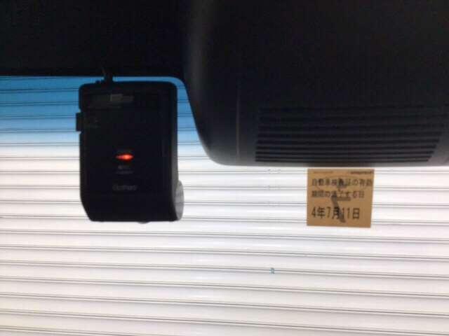 G・Lターボホンダセンシング キーフリー ESC LEDヘッド ターボ車 バックカメ メモリナビ 地デジ ナビTV クルコン ETC スマートキー アルミ ベンチシート アイドリングストップ 盗難防止装置 DVD ABS CD(11枚目)