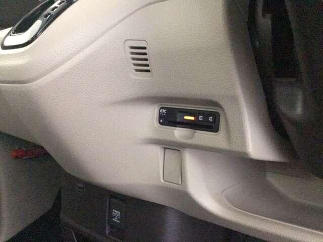 Gホンダセンシング 禁煙車 車内チタニア抗菌防臭施工済 禁煙 メモリナビ 横滑り防止 CDオーディオ LEDヘッド フルセグ オートエアコン 1オーナー スマートキー クルーズコントロール 盗難防止システム ABS(14枚目)