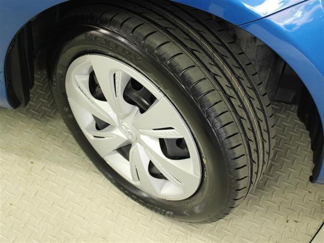 G 4WD フルセグ メモリーナビ DVD再生 後席モニター バックカメラ 衝突被害軽減システム ETC 両側電動スライド LEDヘッドランプ ウオークスルー 乗車定員6人 3列シート ワンオーナー(7枚目)