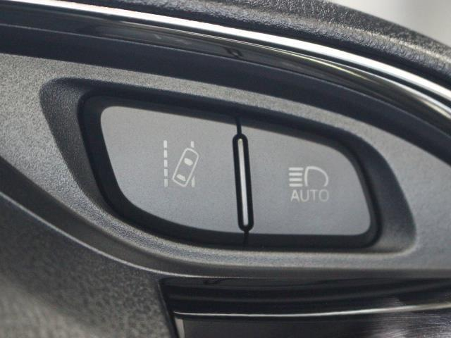 ハイブリッドU メモリーナビ フルセグ スマートキー ETC バックモニター LED(12枚目)