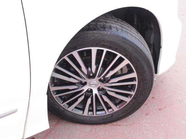 タイヤサイズ 225/55R18