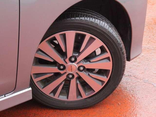 タイヤサイズは165・55・15になりライダー専用アルミもついてます。
