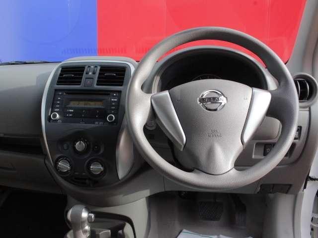 視野が広く、運転席からフードやフェンダーが見えるので、車両感覚がつかみやすいです。