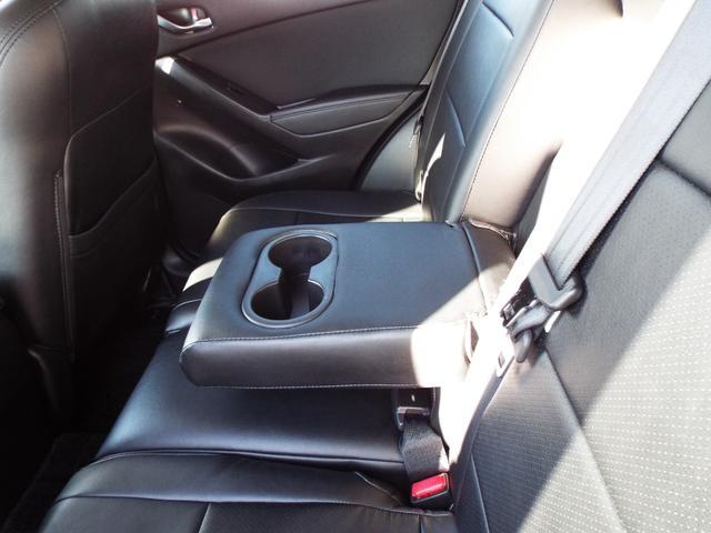 XD 4WD ディーゼル ナビ テレビ ETC バックカメラ サイドカメラ クルーズコントロール エンジンスターター ドライブレコーダー HID オートライト フォグランプ 純正アルミ プッシュスタート(12枚目)