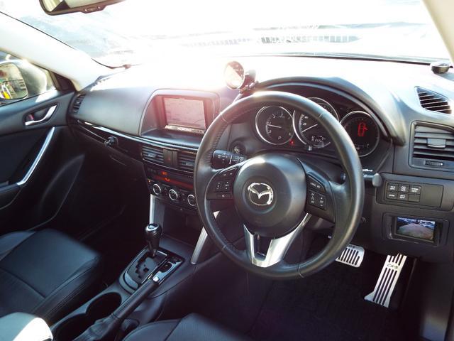 XD 4WD ディーゼル ナビ テレビ ETC バックカメラ サイドカメラ クルーズコントロール エンジンスターター ドライブレコーダー HID オートライト フォグランプ 純正アルミ プッシュスタート(16枚目)