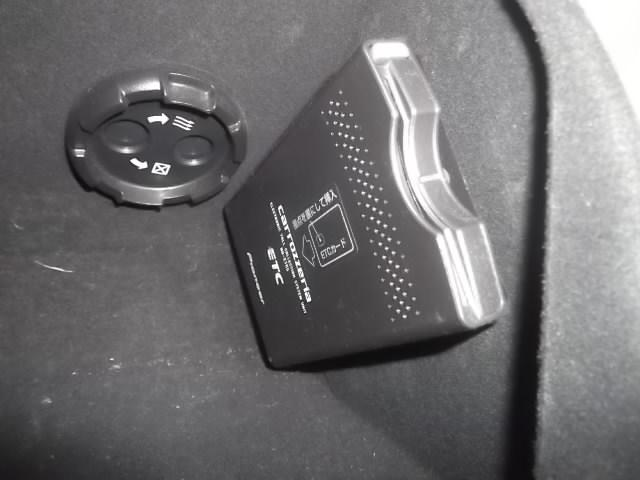 350S Gパッケージ 4WD 純正HDDナビ パワーシート(8枚目)