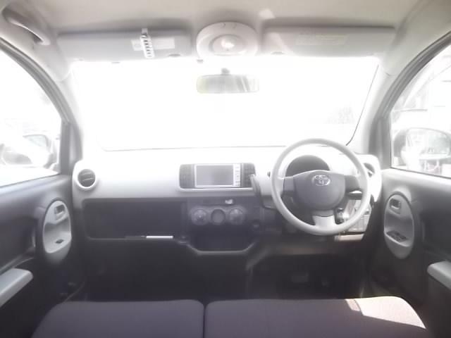 ☆内装美車☆ダッシュボードもシートも当然キレイ・清潔に仕上げております。内装のキレイなお車は気持ちがいいですし、コンディションのいい車が多いんです。
