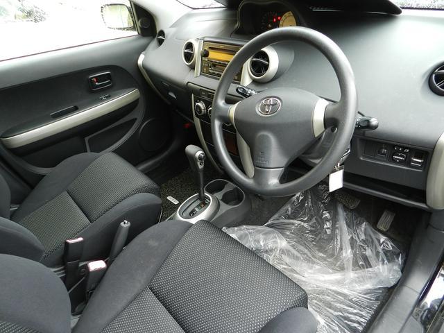 トヨタ イスト 1.5F LエディションHIDセレクションII