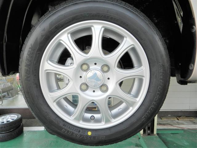 X リミテッド 4WD インテリキー パワーシート(8枚目)