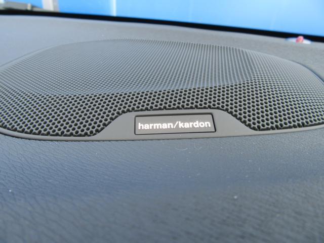 ボルボ ボルボ V40 D4 インスクリプション 2017モデル パッションレッド