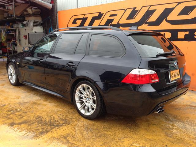 BMW BMW 530iツーリングMスポーツパノラマSRブラックレザーシート