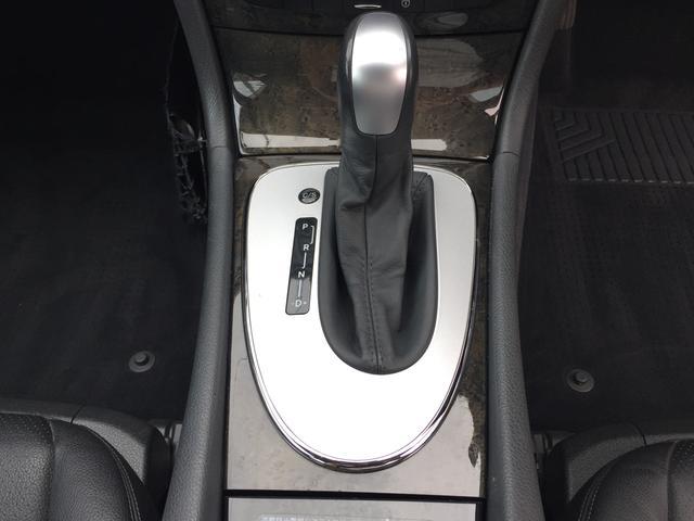 メルセデス・ベンツ M・ベンツ E320 アバンギャルド サンルーフ 黒レザーシート