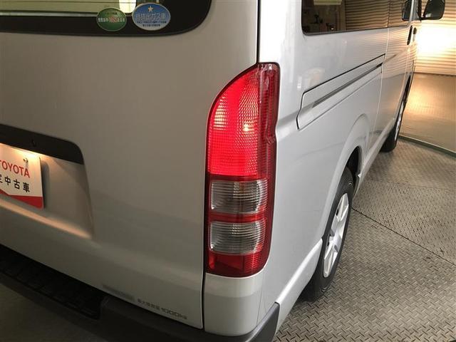 DX 4WD ワンセグ メモリーナビ ミュージックプレイヤー接続可 バックカメラ 衝突被害軽減システム ETC 乗車定員6人 記録簿 ディーゼル(9枚目)