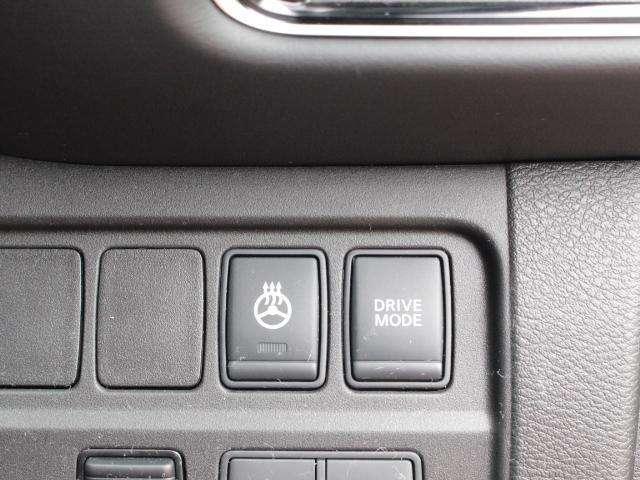 ハンドルヒーターが付いているのでかじかんだ手を暖めてくれます