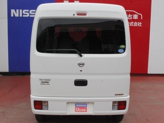 車内の空間を有効活用した収納機能やスペースを設定
