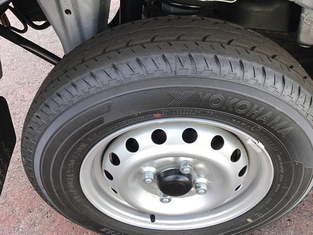デラックスSAII 4WD オートマ LEDヘッドライト 4WD/4速AT/LEDヘッドライト/リヤコーナーセンサー(22枚目)