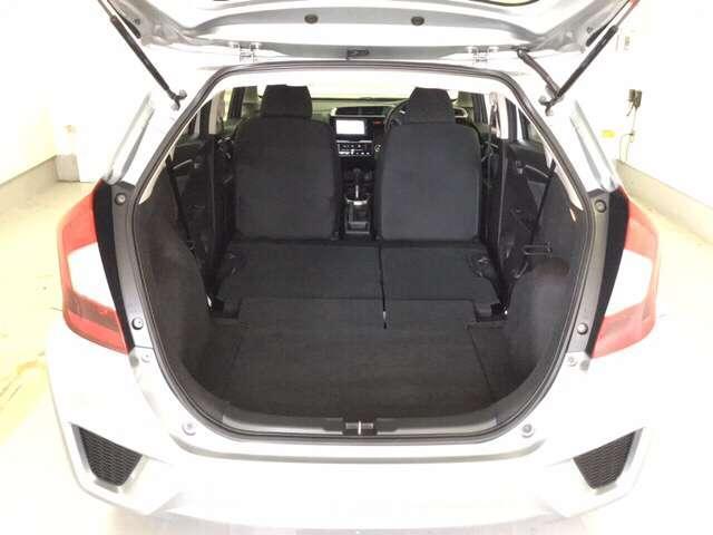 13G・Fパッケージ Bモニター アイドルストップ ETC装備 メモリナビ 横滑り防止機能 盗難防止装置 ナビTV CDオーディオ オートエアコン ワンセグTV ABS キーフリ パワーウインドウ AUX(16枚目)