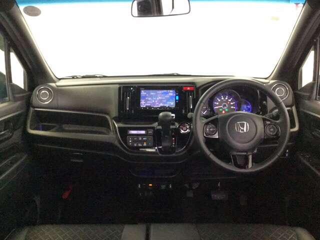 G・Lパッケージ メモリーナビ 4WD ETC クルコン リアカメラ シートヒーター スマートキー CD HID ABS DVD フルセグTV VSA アイドルSTOP(7枚目)