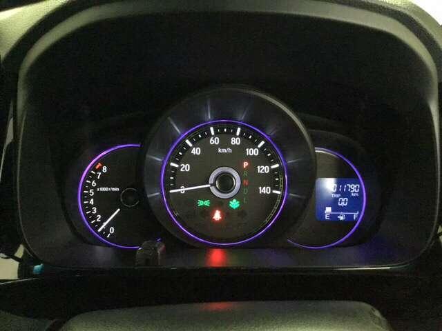 G・Lパッケージ メモリーナビ 4WD ETC クルコン リアカメラ シートヒーター スマートキー CD HID ABS DVD フルセグTV VSA アイドルSTOP(11枚目)