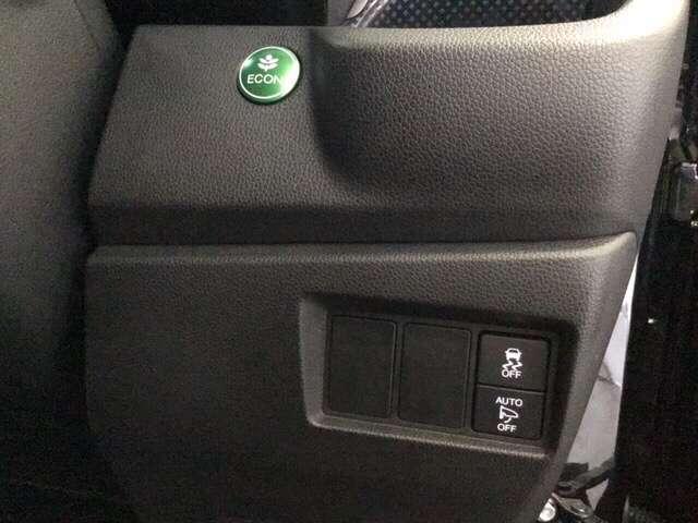 G・Lパッケージ メモリーナビ 4WD ETC クルコン リアカメラ シートヒーター スマートキー CD HID ABS DVD フルセグTV VSA アイドルSTOP(12枚目)