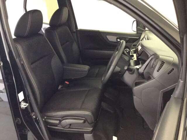 G・Lパッケージ メモリーナビ 4WD ETC クルコン リアカメラ シートヒーター スマートキー CD HID ABS DVD フルセグTV VSA アイドルSTOP(18枚目)