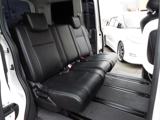 ホンダ ステップワゴン Lスパーダ仕様 HDDツインナビ 両側電動ドア 黒革仕様