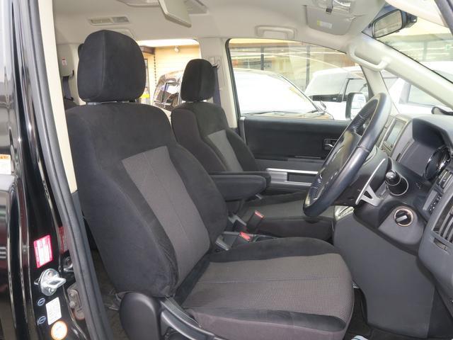 ローデストGプレミアム(カスタマイズP A) 4WD 地デジHDDツインナビ 両側電動ドア Rockfordサウンド(12枚目)