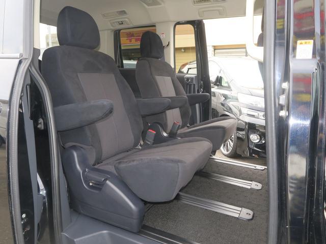 ローデストGプレミアム(カスタマイズP A) 4WD 地デジHDDツインナビ 両側電動ドア Rockfordサウンド(13枚目)