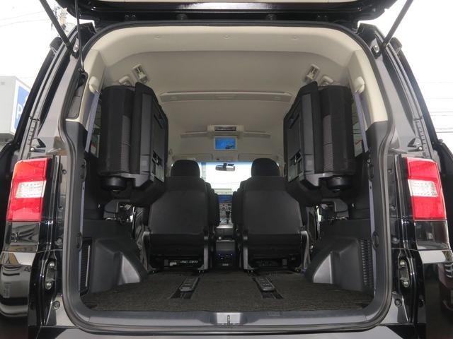 ローデストGプレミアム(カスタマイズP A) 4WD 地デジHDDツインナビ 両側電動ドア Rockfordサウンド(15枚目)